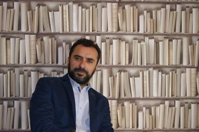 Dr Χρήστος Ταουσάνης