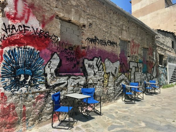 Athens-graffiti-cafe-chairs