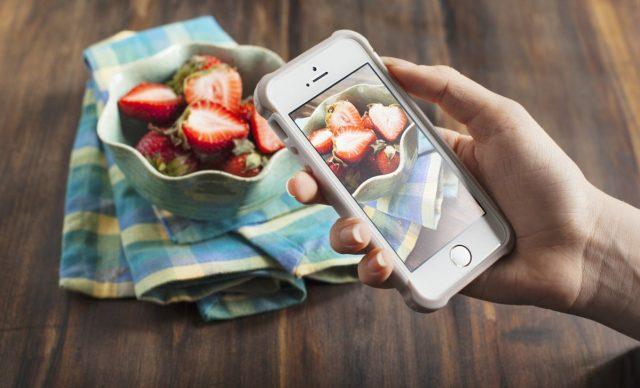 Phone-Taking-Photo-Of-Food