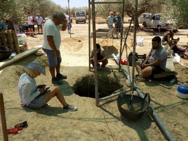 Ανακάλυψαν ασύλητο Μινωικό τάφο στην Ιεράπετρα