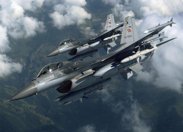 Οι πρώτες υπερπτήσεις τουρκικών F-16 για το 2019