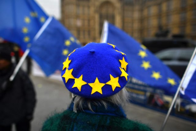 Brexit: Καταψηφίστηκε η συμφωνία - Η πιο βαριά ήττα κυβέρνησης τον τελευταίο αιώνα