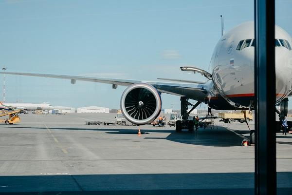 Αγωνία κατά την προσγείωση αεροσκάφους στο Ηράκλειο - Έβγαζε καπνούς από τον κινητήρα