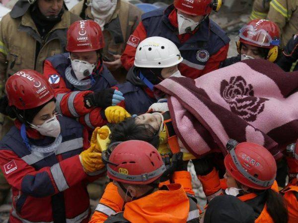 Κωνσταντινούπολη κατάρρευση κτιρίου