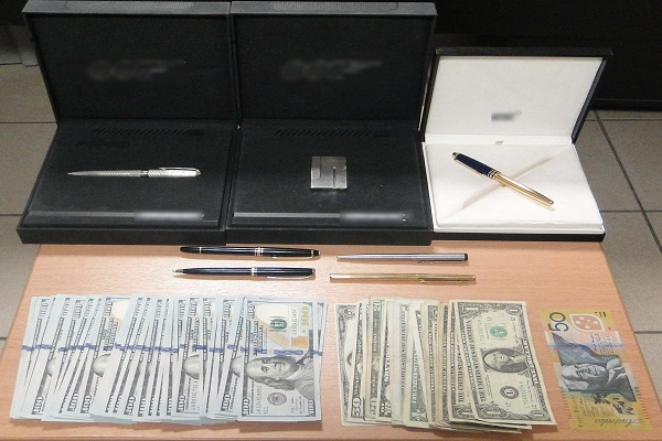 Με χρυσό και λίρες συνελήφθη 55χρονος σε ενεχυροδανειστήριο