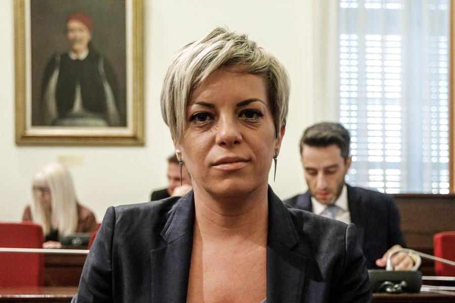 Σοφία Νικολάου - Βασίλης Δημάκης: Η απεργία πείνας, η επίθεση και ...