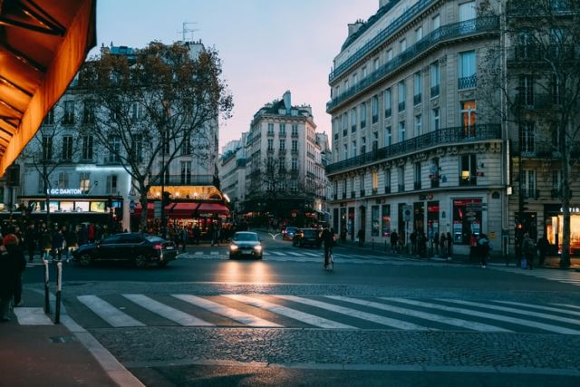 άδειος δρόμος στη Γαλλία