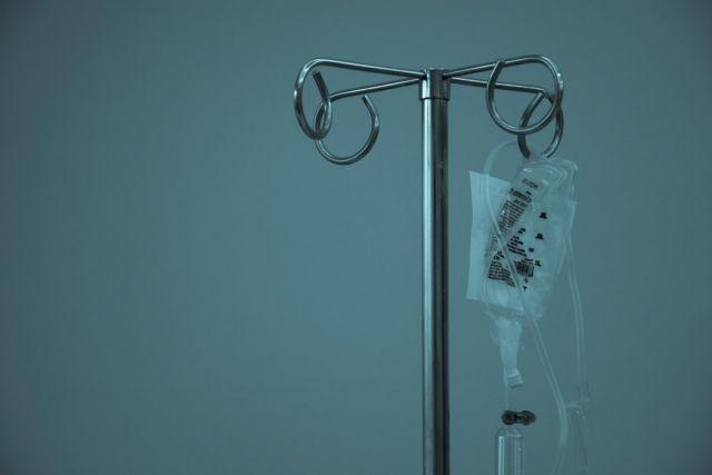 ορός σε νοσοκομείο