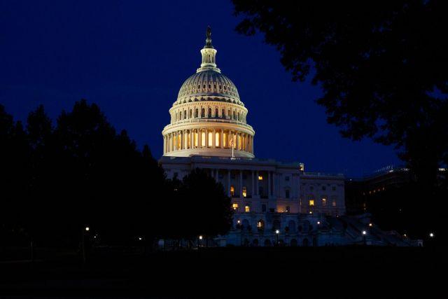 αμερικανικό κογκρέσο τη νύχτα