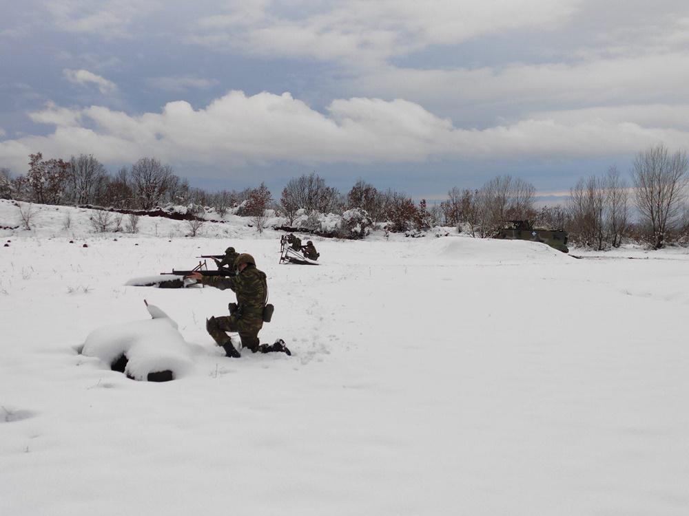 εκπαίδευση σε χιονοσκεπή εδάφη και υπό συνθήκες δριμέος ψύχους