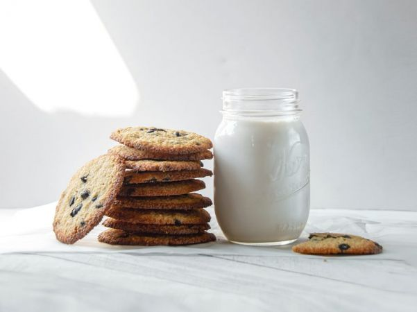 Γάλα και μπισκότα