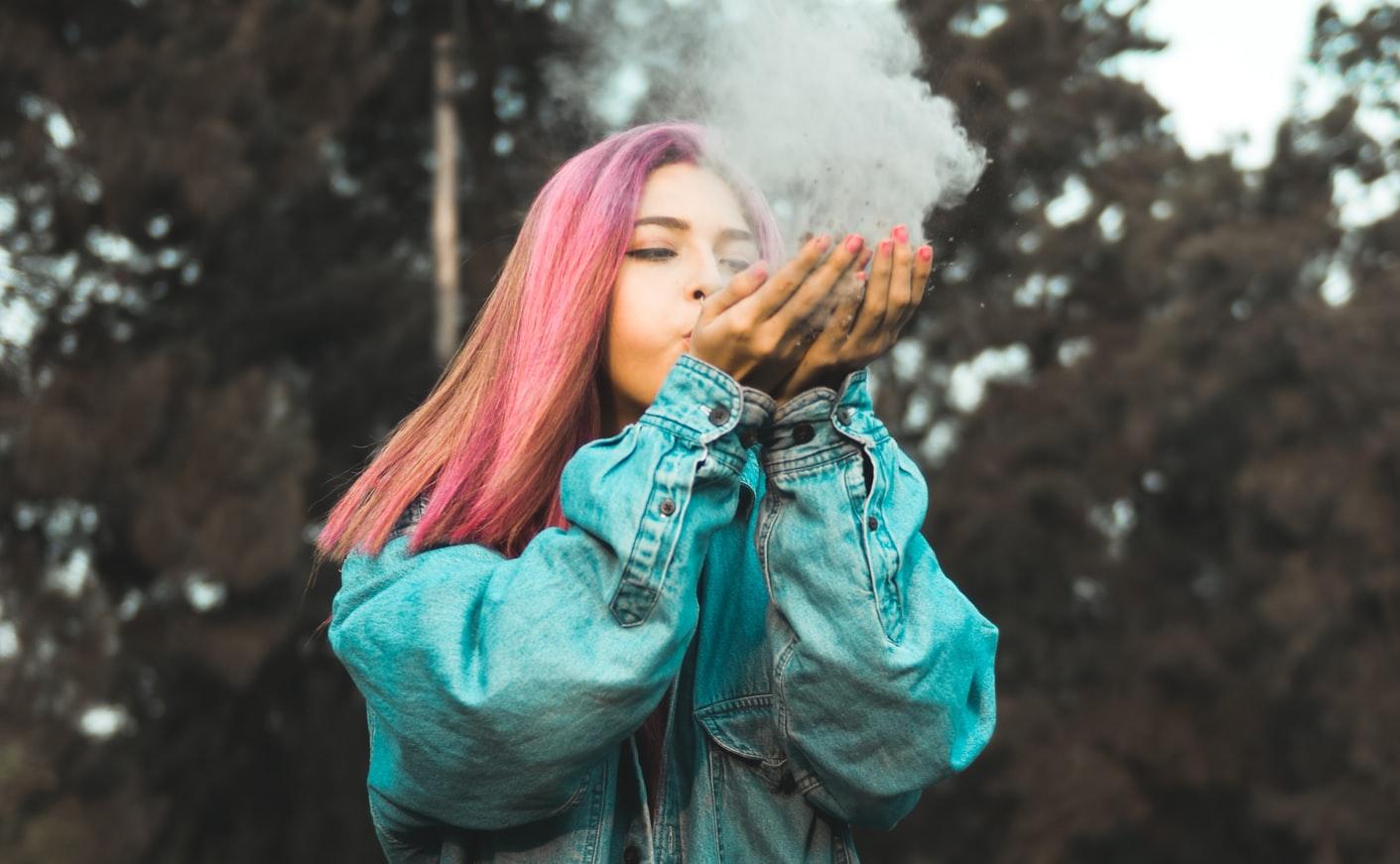 Τζιν μπουφάν ροζ μαλλιά