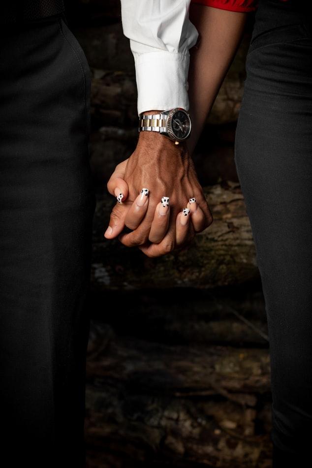 Χέρια ζευγάρι