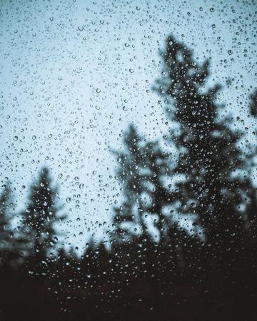 Βροχή σταγόνες