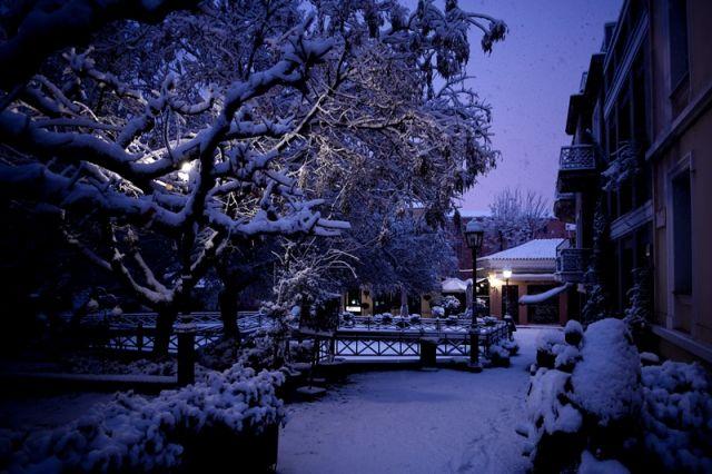 χιονι φτυαρισμα