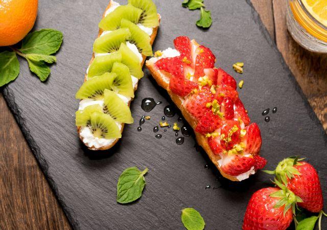 Ακτινίδιο φράουλες