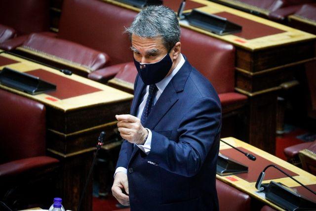 Λοβέρδος στη βουλή με μάσκα