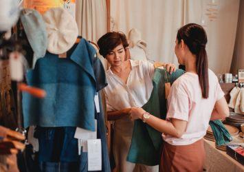 Κατάστημα με ρούχα λιανεμπόριο
