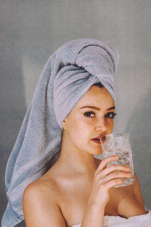 Πετσέτα γυναίκα