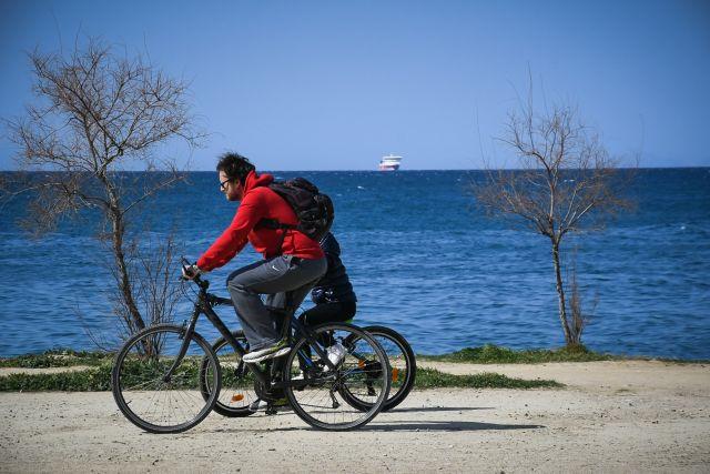 Άνδρας ποδήλατο