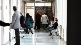 Γιατροί σε νοσοκομείο